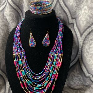 Jewelry - Seed beads Earring necklace and bracelet set